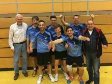 Die 1. Mannschaft nach dem vorzeitigen Titelgewinn in Sulzfeld.